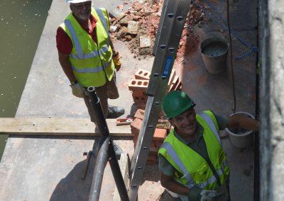 Rebuilding the lock walls